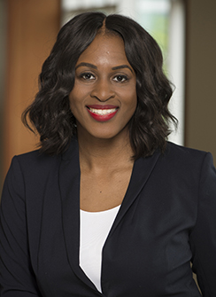 headshot of Janelle Akomah