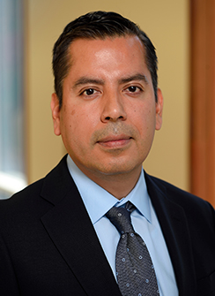 headshot of Yovan Gonzalez